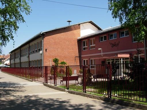 osnovna skola mihajlo pupin veternik slika skole