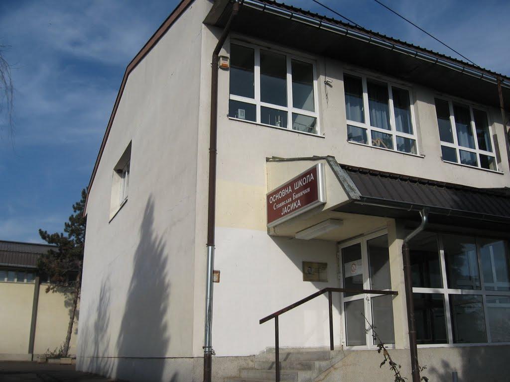 osnovna skola stanislav binicki jasika slika skole