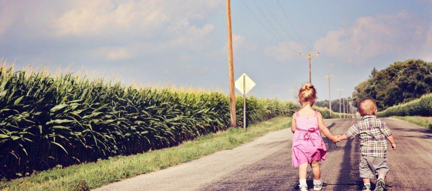 Najstarije, najmlađe, jedino dete: Šta određuje karakter dece?