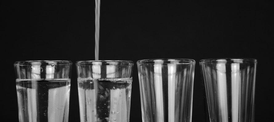 Koliko vode dnevno je dovoljno, a koliko – lekovito?
