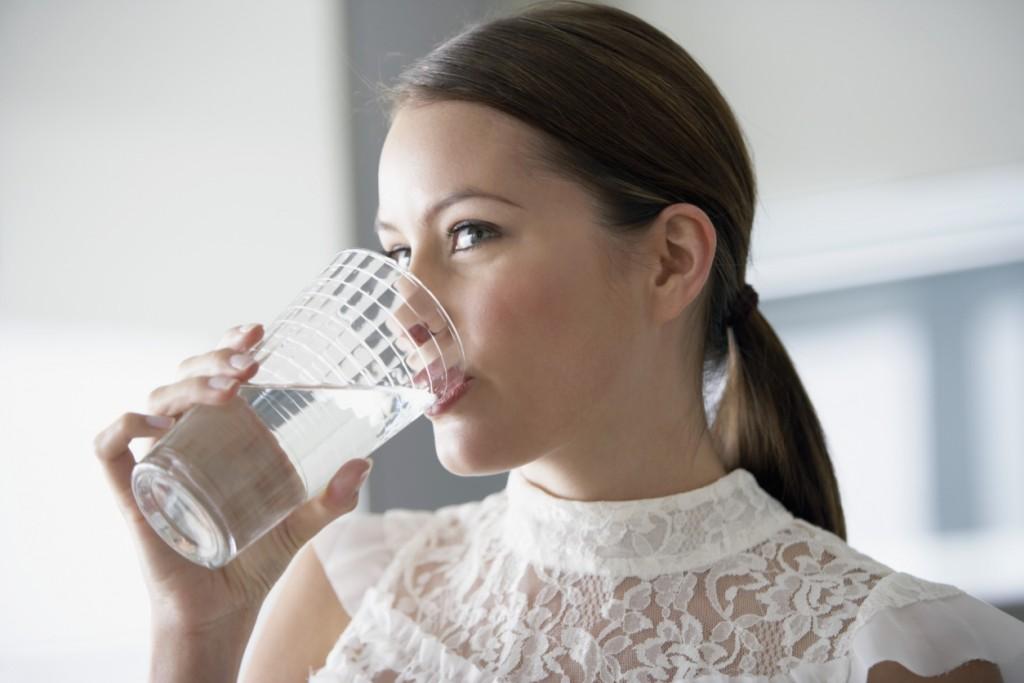 Potrebno je popiti minimum 1,5 litru vode dnevno!