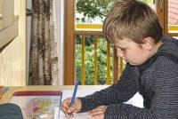 Nevolje sa domaćim zadacima: Pomozite detetu da obaveze posle škole ne budu bauk