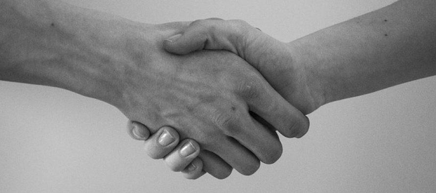 Kako je i zašto nastalo rukovanje?