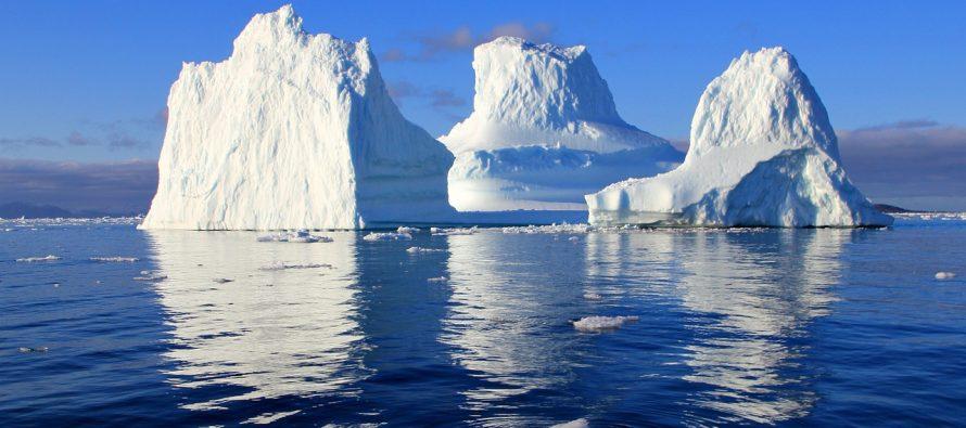 Ogromna crna reka teče Grenlandom