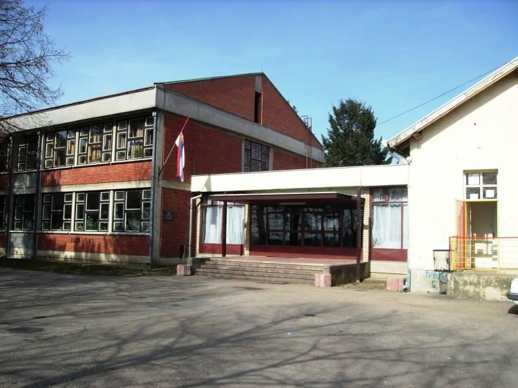 osnovna skola grabovac obrenovac slika skole