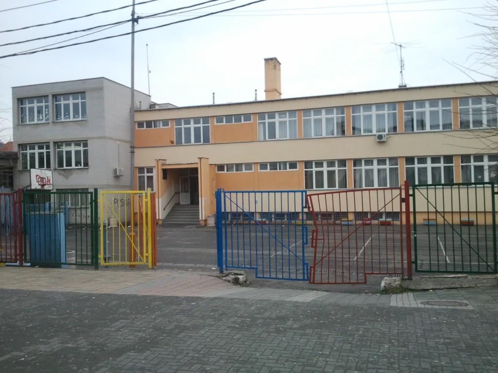 osnovna-skola-jovan-jovanovic-zmaj-novi-pazar-slika-skole