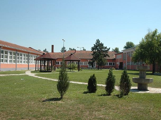 osnovna skola cibukovacki partizani kraljevo slika skole