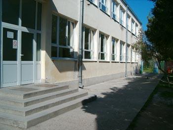 osnovna-skola-djuro-filipovic-plocica-slika-skole