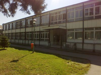osnovna skola prvi maj vladimirovac slika skole