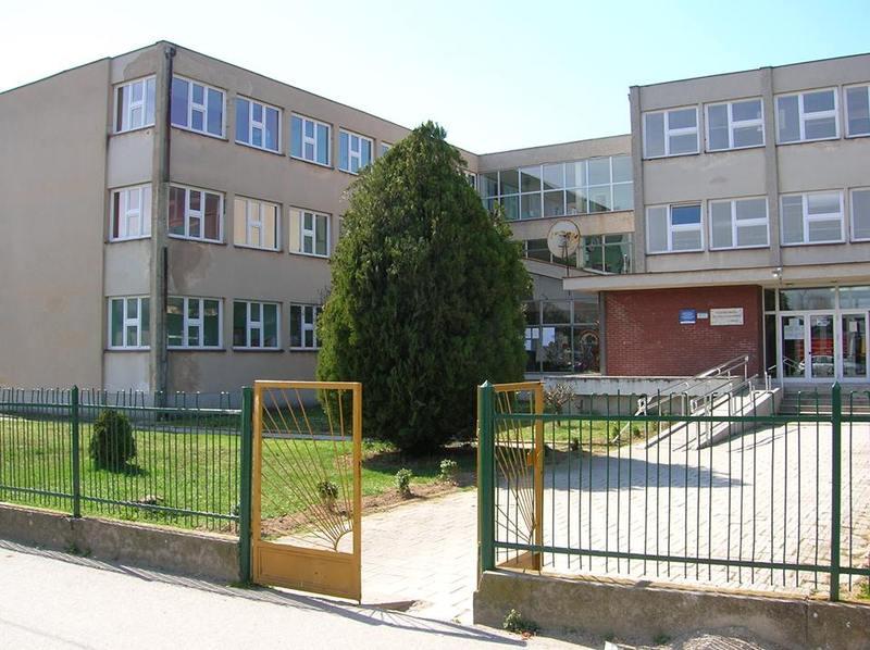 osnovna skola branko radicevic bujanovac slika skole