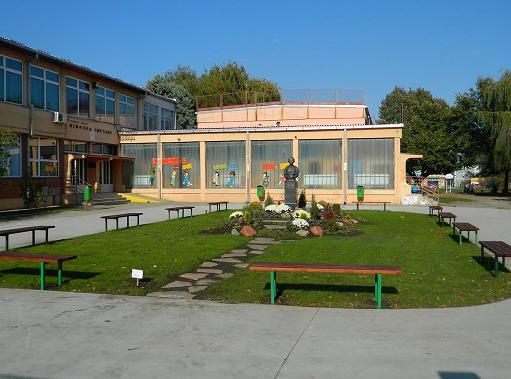 osnovna skola isidora sekulic pancevo slika skole