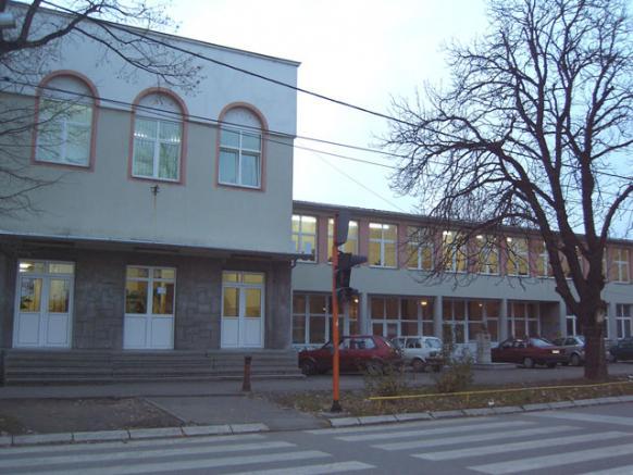 osnovna skola vuk karadzic cuprija slika skole