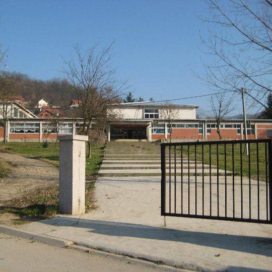 osnovna skola aca sinadinovic predejane slika skole