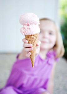 devojcica-sladoled