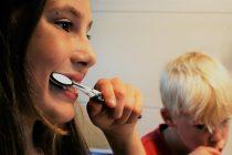 Kako negovati mlečne zube?